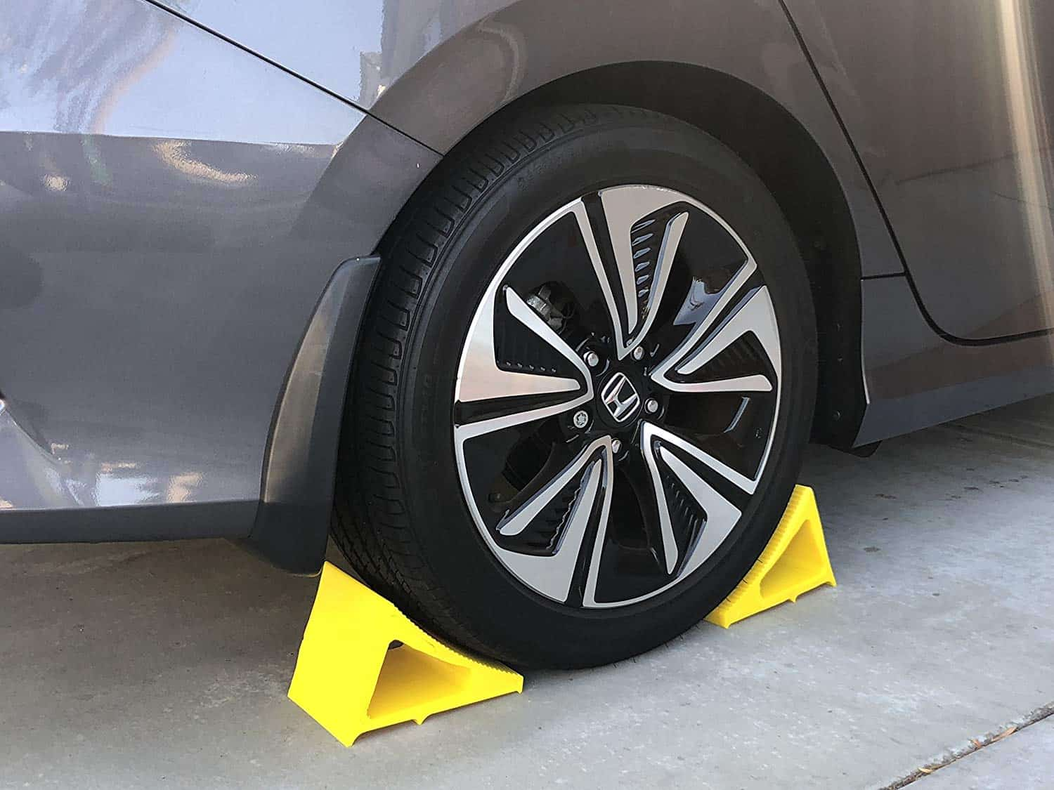 Trailer Wheel Chocks >> Wheel Chock Polyurethane 1 Pack Yellow Cable Protectors
