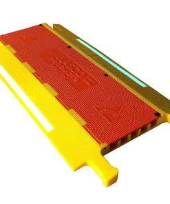 Weatherproof ft Cable Ramp Protective Cover  lbs Max Heavy Duty Hose Cable Track Protector Flip Cover  Cha BCTWFWD